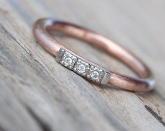 Vintage Inspired Wedding Band Tiny Diamonds 14K Rose Gold Platinum Pink Gray Romantic Modern Minimalistic Women's Bridal - Glow Row de Luxe