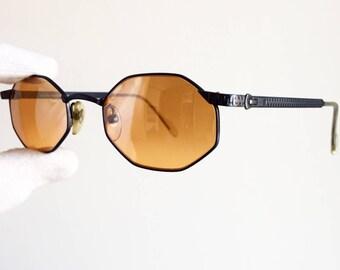 FENDI small vintage sunglasses rare square octagonal FENDISSIME F556 orange lens zipper temples arms new NOS