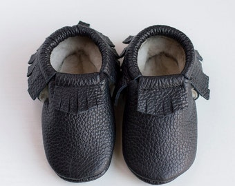 Custome color! WINTER MOCCASINS  Baby, infant, toddler moccasins