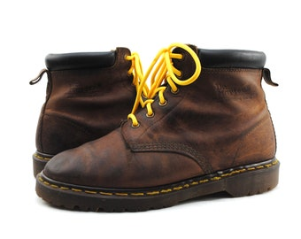 Men's Dr. DOC MARTENS 6 Eye Brown Leather Lace Up Ankle Boots Sz Uk 9 / US 10