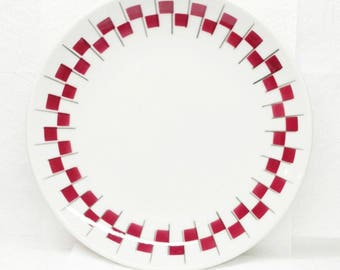 Restaurant Ware Plate Airbrushed Jackson China Red and Black Checker Board Trim Ivory Vitrified China 1965 Dinner Plate