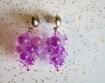 Dangling Plastic Grape Cluster Novelty Post Earrings