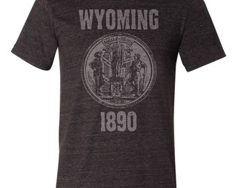 Wyoming State Seal T-Shirt. Vintage Style Soft Retro Wyoming Shirt Unisex Men's Slim Fit and Women's Tee