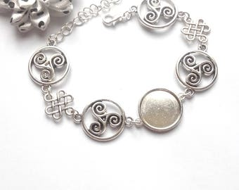 x support silver plated cabochon 18 mm, triskel and Chinese knot bracelet