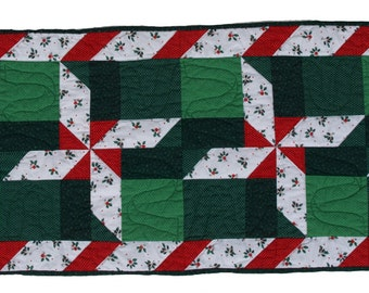 Large Red and Green Candy Cane Pinwheel Table Runner