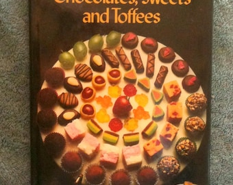 Vintage Candy Cookbook Good Housekeeping Chocolates Sweets and Toffees Homemade Candy Hardcover Book h5