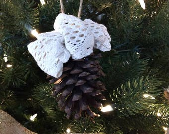 Rustic Natural Pinecone Christmas Ornaments with Cotton Lace Bow - Set of 4