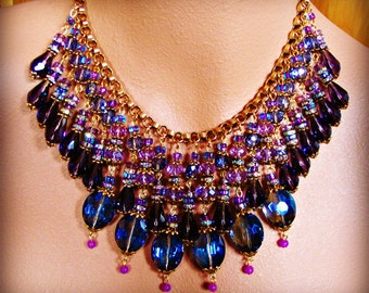 THE GLOAMING statement necklace