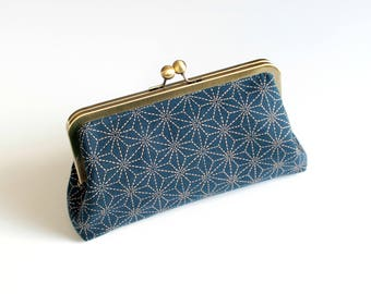 Kiss Lock Purse, Clutch, Metal Frame Purse, Vintage Style Clutch, Sashiko Print, Clasp Purse, Simple Purse, Handbag, Japanese Print