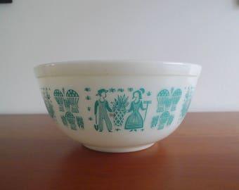 Vintage Pyrex Bowl, Amish, Butterprint Mixing Bowl, Turquoise Blue, #403, Large, 2 1/2 Qt