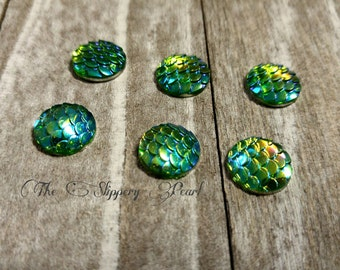 Mermaid Scale Cabochons 12mm Green Round Cabochons Dragon Scale Cabochons Flat Back Embellishments 6 pieces