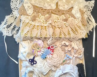 Lace, Collars, Appliqués, Medallions Vintage Collection in Candy Box