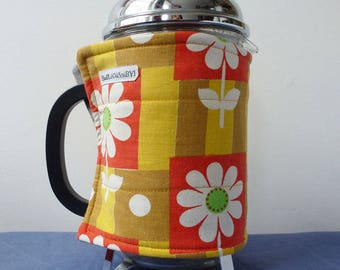 Cheerful daisy EXTRA LARGE coffee pot cosy, vintage red and yellow fabric cafetiere cozy, retro style