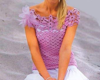 Women's top in purple  crochet / custom