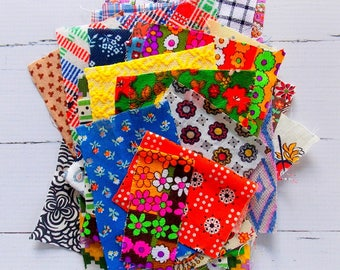 Mini Scrap Pack of Vintage Fabrics /  Retro / Vintage Fabric / Quilting / Scrap Bag