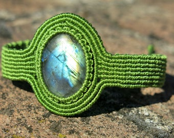 Labradorite in delicate Micro Macrame Bracelet - Upper arm bracelet - Spectralite, Gem therapy, clears spaces from negative energy
