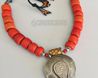 Silver incised Nepalese pendant African coral milllifiore bead necklace