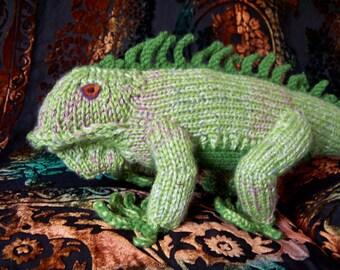 Ohitsaniguana Iguana Knit Pattern