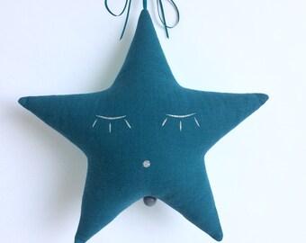 Mobile Musical Étoile en Gaze de coton Bleu Canard et Turquoise à Gouttes Blanches - Boite à musique - Une étoile dans ma cabane