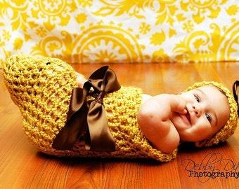 Sunflower Newborn Cocoon Hat Set in Yellow Brown