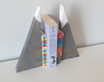 READY TO SHIP Set of 2 Mountain block bookends,mountain nursery,rustic mountain decor,handmade blocks,wood toys,Reggio toy,mountain kid room