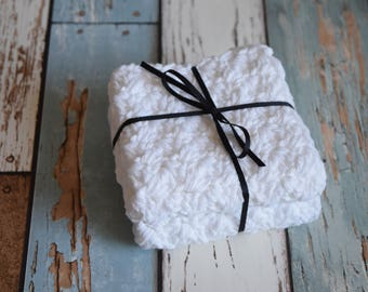 Set of 2 medium, cotton dish cloths/wash cloths***white