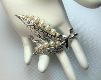 Vintage Silver Tone Textured Filigree Double Leaf with Faux Pearls Pin Brooch