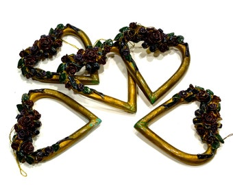 VINTAGE: 5 Rose Heart Ornaments - Made in the Philippines - (Tub-401-00006645)