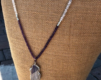 Agate slice, moonstone and amethyst necklace