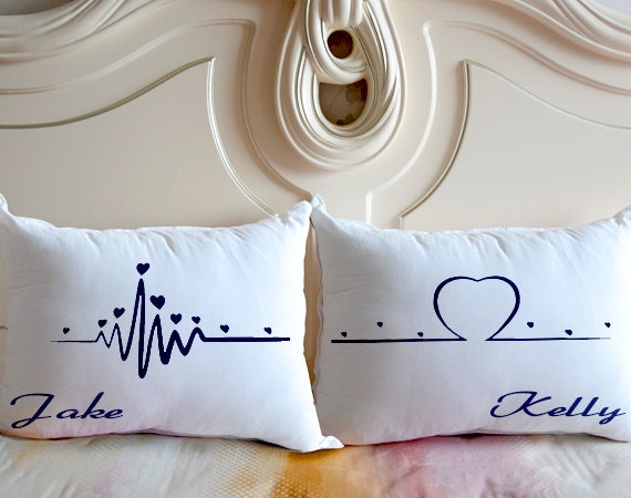 oreiller pour couple Heart Beats Pillow CasePersonalized Bedding PillowGift for oreiller pour couple