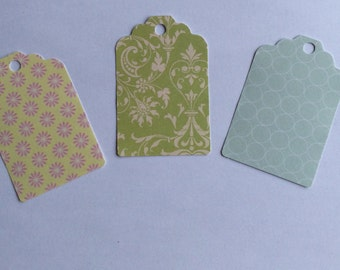 10 Green themed tags