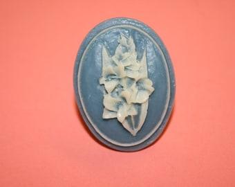 Vintage Teal Wildflower Cameo Ring