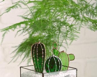 Petit cactus verre métal. Vitrail. Fait main. Pic pot. Plantes. Attrape soleil. Décoration terrarium. Cadeau petit prix. Mini cactus