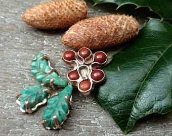 Holly leaf necklace, Christmas holly necklace, christmas pendant, christmas gift, seasons gift, carved stone necklace, jasper, amazonite