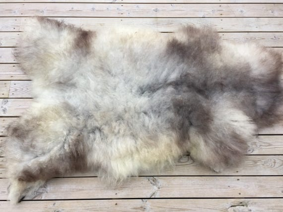 Large sheepskin rug soft, stunning volumous throw sheep skin long haired Norwegian pelt natural grey golden 18045