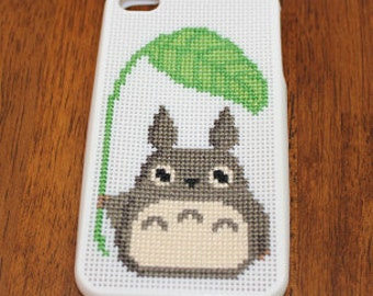 PATTERN: Totoro and Leaf Cross Stitch