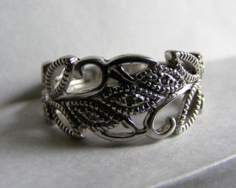 Vintage Sterling Silver Statement Ring 7 1/4