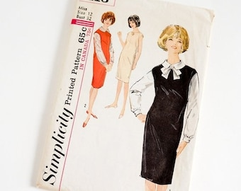 Shop SALE Vintage 1960s Womens Size 12 Jumper or Dress and Blouse Simplicity Sewing Pattern 5113 Complete / b32 w25 / Capped Shoulders