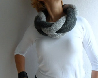 Knit Infinity Scarf, Two Color Braided Cowl Neckwarmer,Twisted Infinity Scarf, Circle Scarf in Gray Light Gray