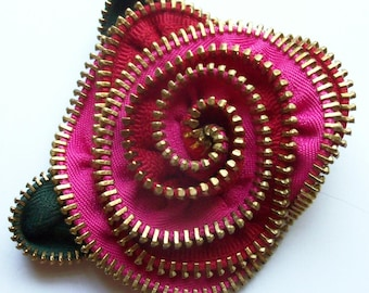 Hot Pink and Red Floral Brooch / Zipper Pin by ZipPinning  - 3123