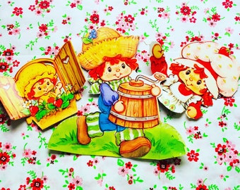 1980's Strawberry Shortcake and Friends Collectable Centerpiece Flat Paper Keepsake