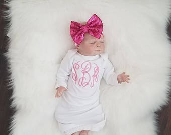 Newborn gown, Baby Girl Gown, Infant Gown, baby Gown, Monogramed gown, Coming Home Outfit, Baby Girl Going Home