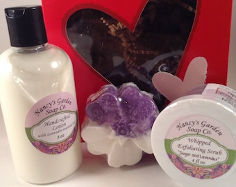 True Love 3-Piece Lavender Boxed Gift Set