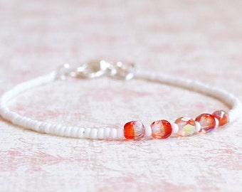 White And Red Seed Bead Bracelet, Stacking Bracelet, Minimalist Bracelet, Dainty Bracelet, Simple Bracelet, Beaded Bracelet, Delicate