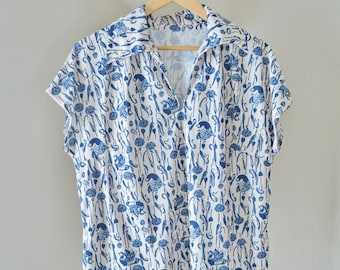 Vintage Polyester Blouse Top with Beautiful Bird Print Cream and Blue