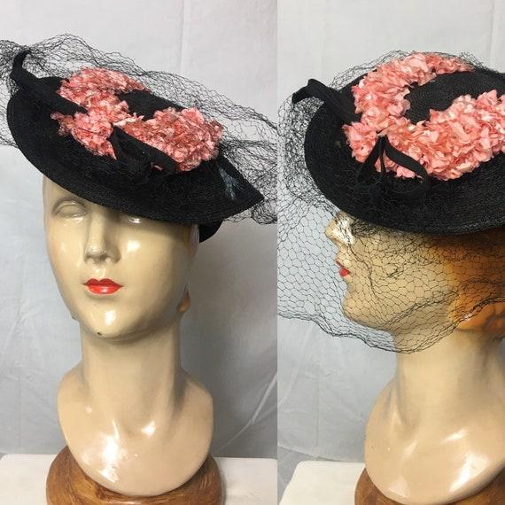 Vintage 1930s Black Raffia Tilt Hat w Pink Flowers