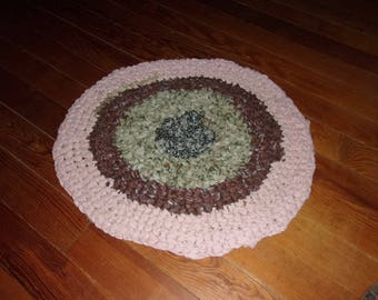 "RAG RUG #2, 23"" Dia, Crochet, Scrappy Colors, USA, Prim, Primative, Farm House, Cottage, Lodge, Ranch, Country, Round, Appalachian Made"