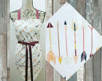 Woman's Rustic Country Arrow Apron