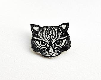 Cat Brooch, cat face pin badge, handmade tabby cat badge