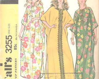 McCalls 3255 1970s Quick and Easy CAFTAN  Cover Up Pattern for Knits One Size Womens Vintage Sewing Pattern